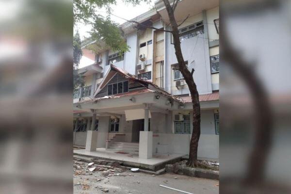 زلزله ای با قدرت 6.8 ریشتر جزیره سرام اندونزی را لرزاند