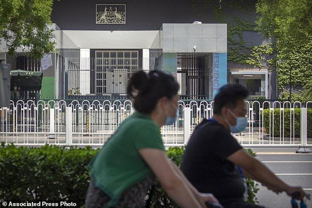 چین برای تنبیه استرالیا از شهروندانش خواست به این کشور سفر نکنند