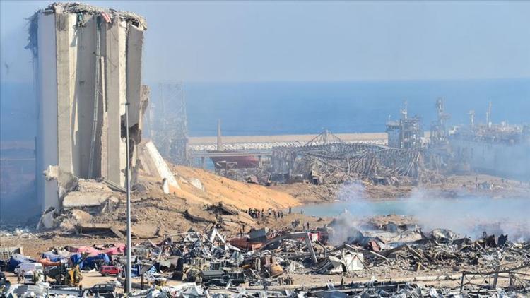 پر رنگ شدن فرضیه اقدام تروریستی در انفجار بیروت