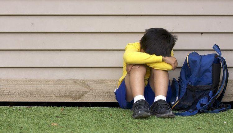 ترس از مدرسه در بچه ها؛ علت، علائم و راه های درمان