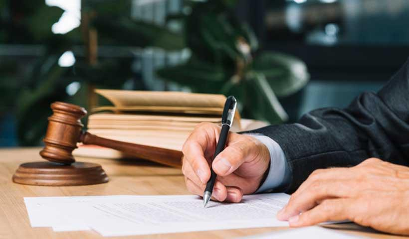 وکیل مهاجرتی کانادا ارزان