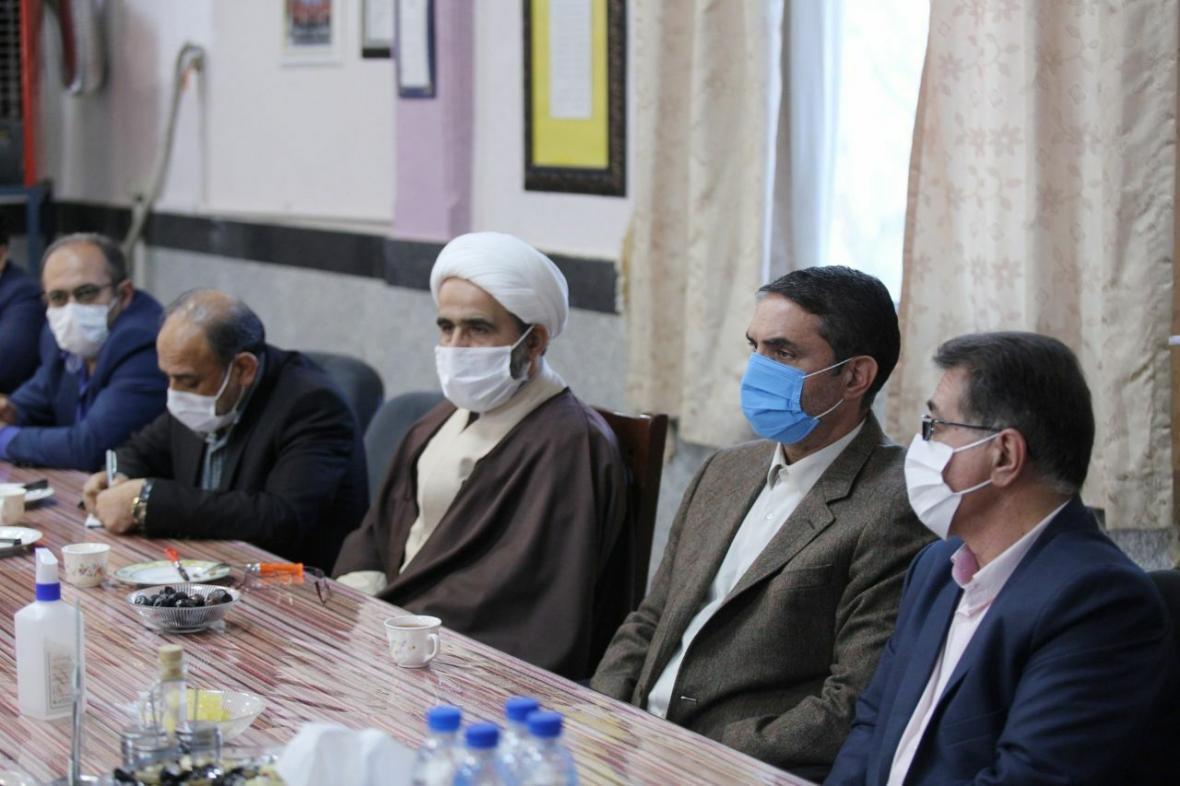 خبرنگاران تحقق جهش فراوری راهبرد اصلی تیم مالی دولت در استان مرکزی است