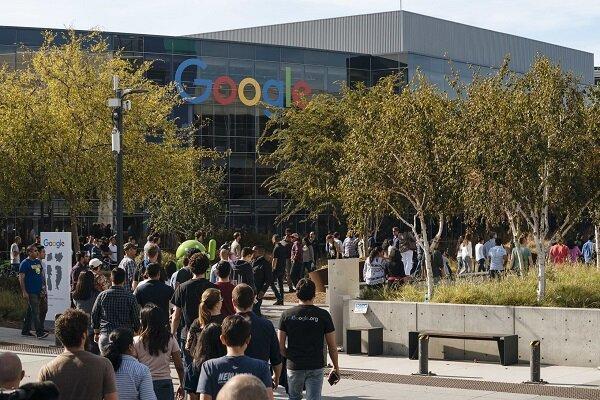 سهم گوگل از خریدهای پلی استور دردسر ساز شد
