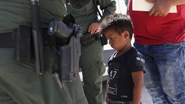 بیش از 18 هزار کودک مهاجر در آمریکا در بازداشت به سر می برند