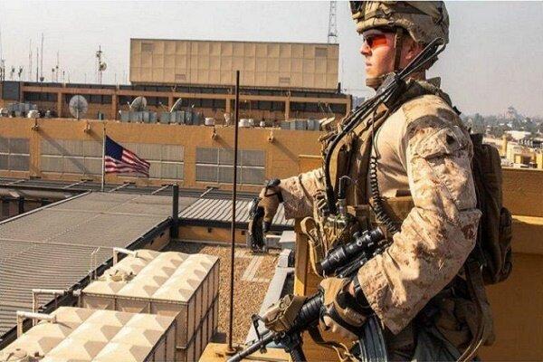 سفارت آمریکا خدمات دیپلماتیک ارائه نمی کند، شباهت به پایگاه نظامی