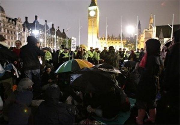 بازداشت 5 نفر و زخمی شدن 8 پلیس در اعتراضات علیه قرنطینه در لندن