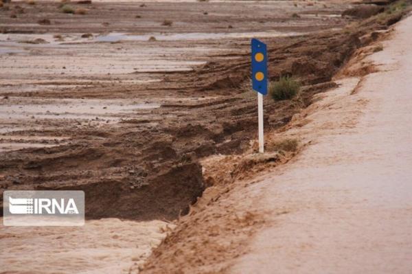 خبرنگاران مطالعات ساخت سیل بند کشاورزی روستای حرمک گلباف شروع شد
