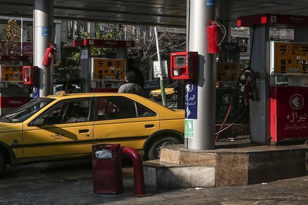 مجلس، برنامه ای برای افزایش قیمت بنزین ندارد