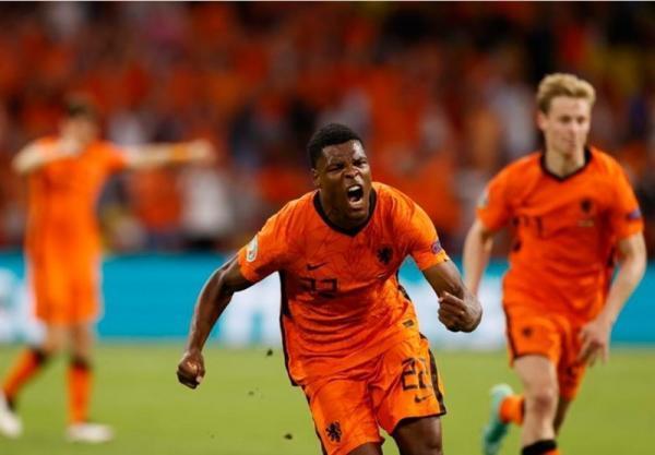 یورو 2020، دامفریس بهترین بازیکن ملاقات هلند - اوکراین شد