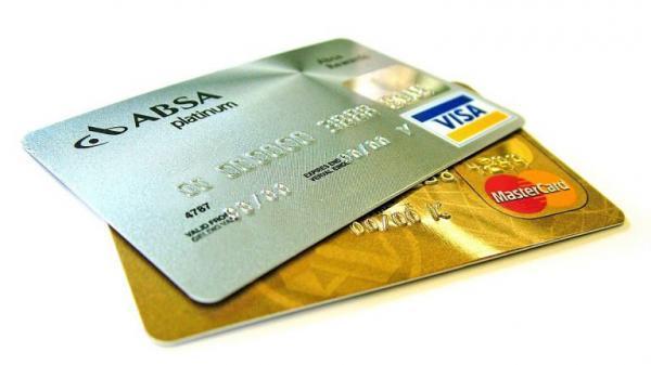 میخواهم در کانادا حساب بانکی افتتاح کنم